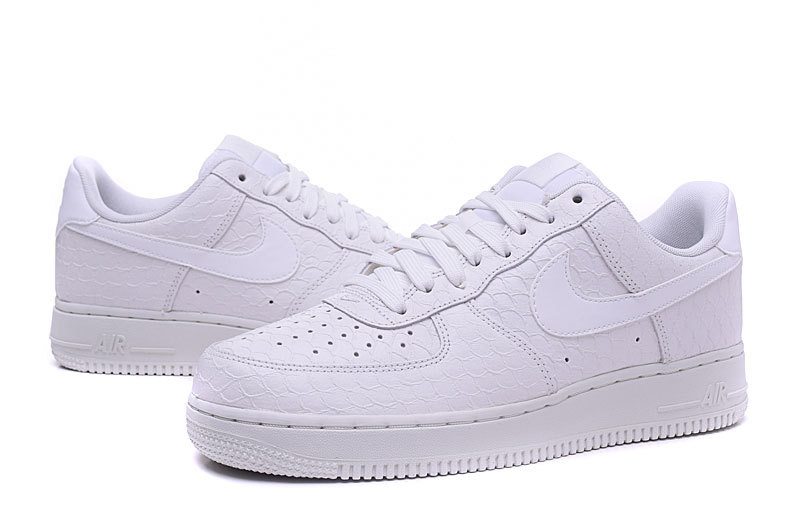 c3b9df9a95e nike air force suede